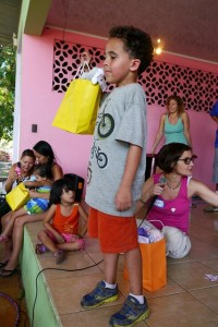 Hogar-Cristiano-Orphanage-gift-bags-Matthew-Borror-Alisa-Matsuzaki