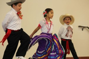 El-Grito-de-la-cultura-folk-dance-academy-world-refugee-day-santa-clara-county